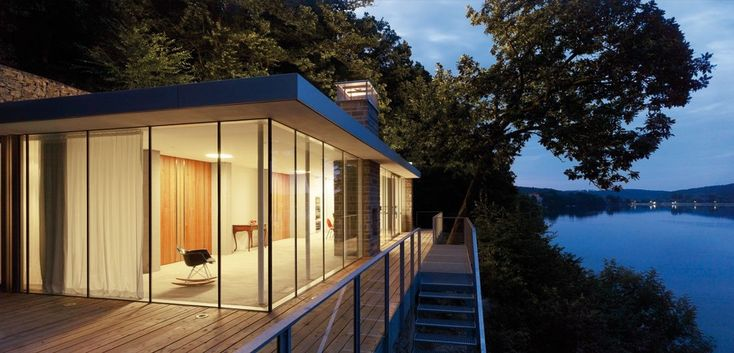 Gallery of Lake House / LHVH Architekten - 10