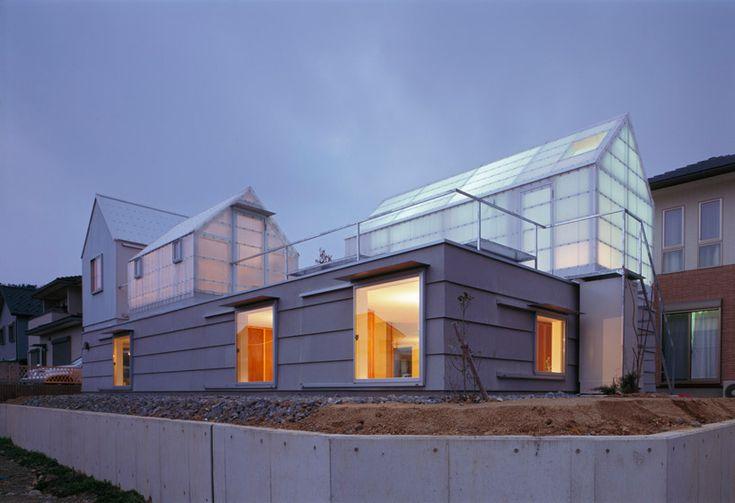 tato architects: house in yamasaki  - Polycarbonate?
