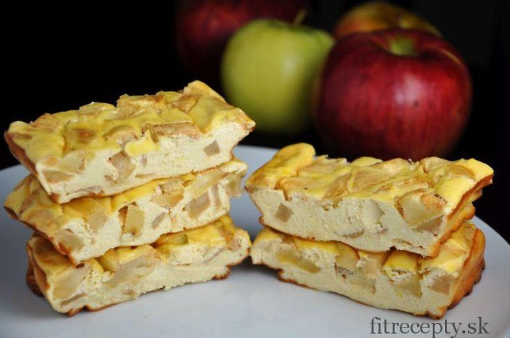 Jablkovo proteínové cheesecake tyčinky - FitRecepty