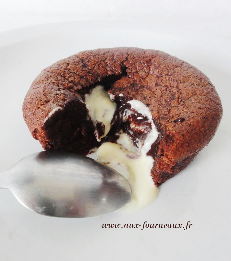 Moelleux au chocolat et coeur chocolat blanc   Aux Fourneaux