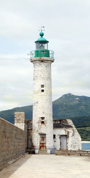 image-51434-kabloes-Lighthouse Propriano.jpg?1451315299822