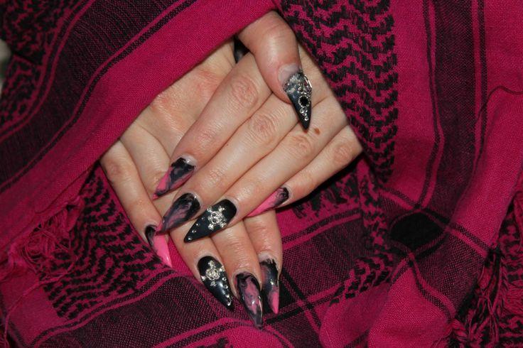 Rock kynnet. Rock nails. www.studiorose.fi