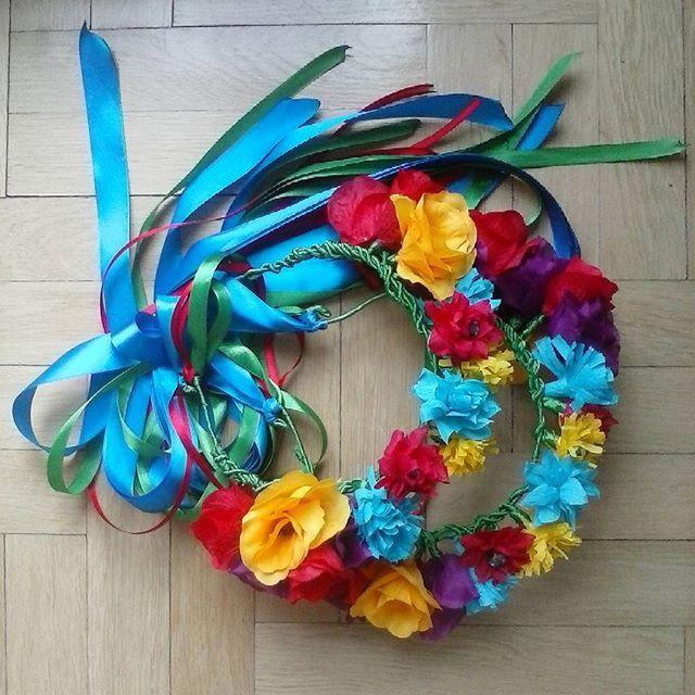 C.d.n  #wianki #z #kwiatów #handmade #flowers #wstążka #bibuła #mikadiakow