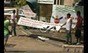 Em Paragominas, a greve dos professores da rede municipal completa oito dias. 20/05/2014.