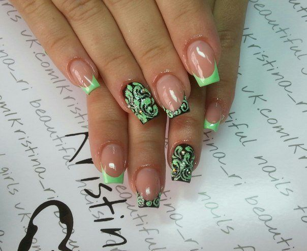It is another idea to diversify the classic french manicure. The edges of the nails are treated with bright neon ...