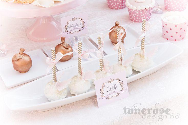 Princess cake pops // gold apples