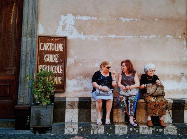 Women in Umbria by Steve McCurry in Sensational Umbria   www.regioneumbria.eu