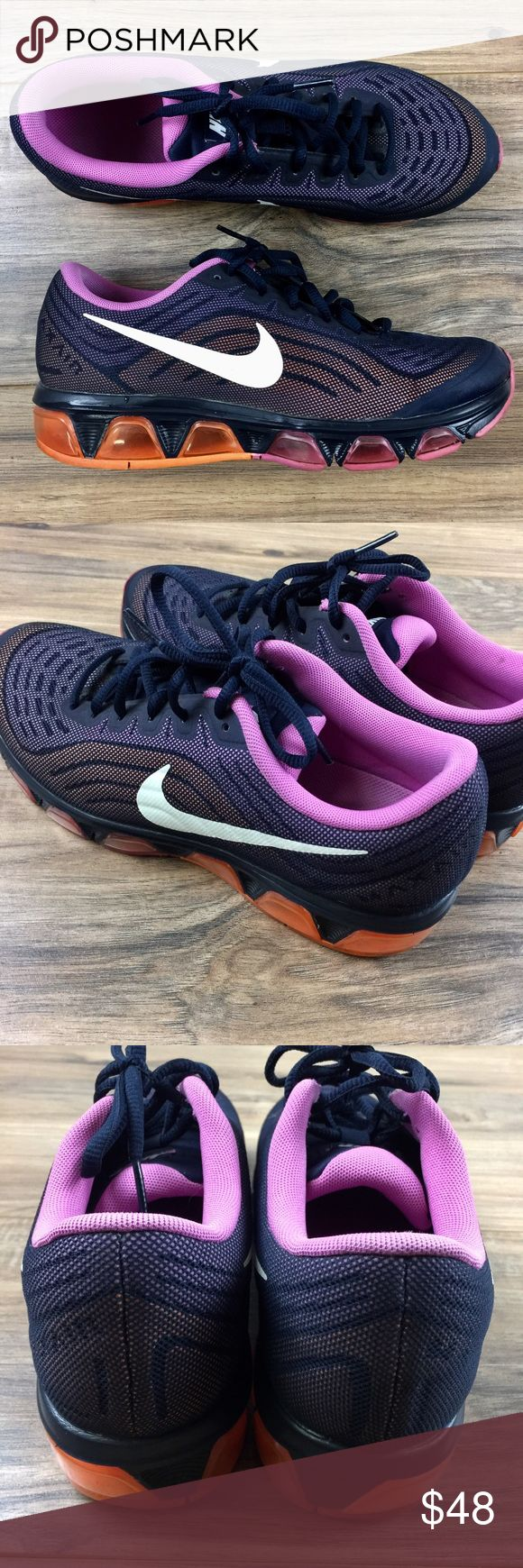 Women's Nike Running Shoes 8.5 Nike running shoes. Air max tail wind 6. Lightly used great for the gym! Women's size 8.5. No rips or stains great condition! Nike Shoes Athletic Shoes