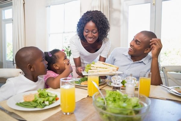 6 Ways to Help Your Family Eat Healthier