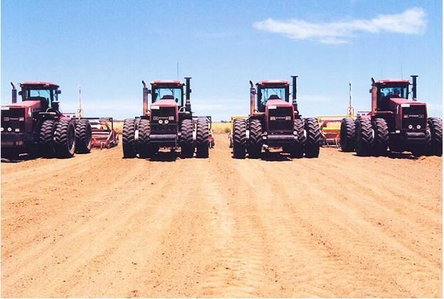 Clark Earthmoving Hay delivers exceptional results when it comes to laser controlled land forming. Indeed, it is a pioneer in the field. The company provides services such as making roadways,irrigation layouts and banks. Visit us at: http://clarkearthmovinghay.com.au/