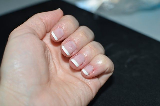DIY - Shellac French Manicure, lasts longer than a regular french manicure