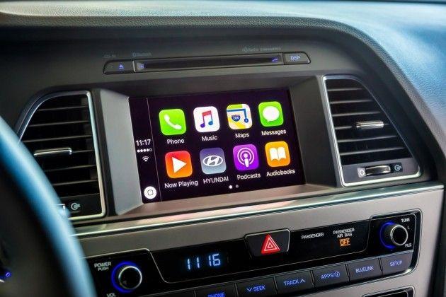 Hyundai estende CarPlay anche alle vecchie auto grazie ad un update software