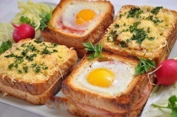 Горячие бутерброды с ветчиной и грибами