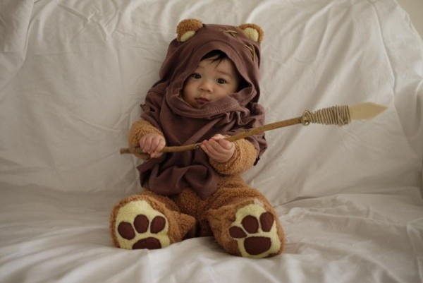 Another costume idea: Halloween Costumes, First Halloween, Baby Costumes, Stars War, Asian Baby, Future Kids, Costumes Ideas, Halloweencostum, Starwars