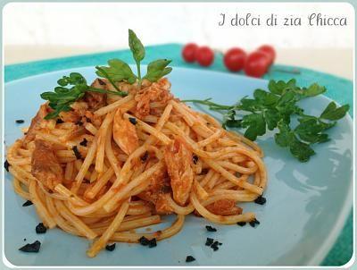 Spaghetti con sugo di sgombro