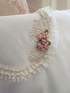 ♥ Pinned this to this board because this would make a GORGEOUS flap on a purse!!!!