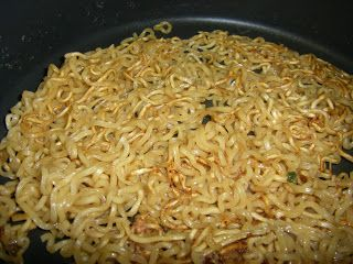 As promised here is the recipe for my famous Fried Ramen!         Ingredients:  1 packet Ramen  -I recommend Maruchan over Top Ramen. Flavo...
