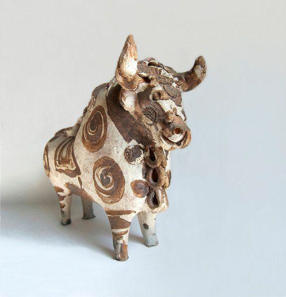 Primitive Folk Art Bull Vintage Terra Cotta Bull Pucara