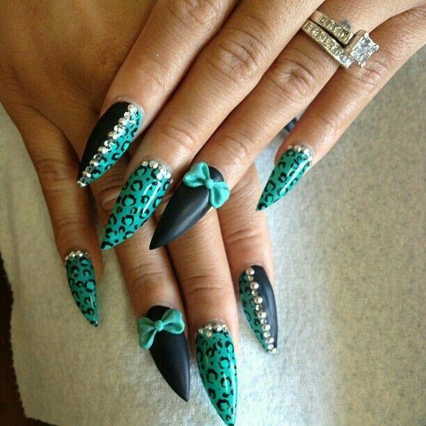 Turquoise & Black Design