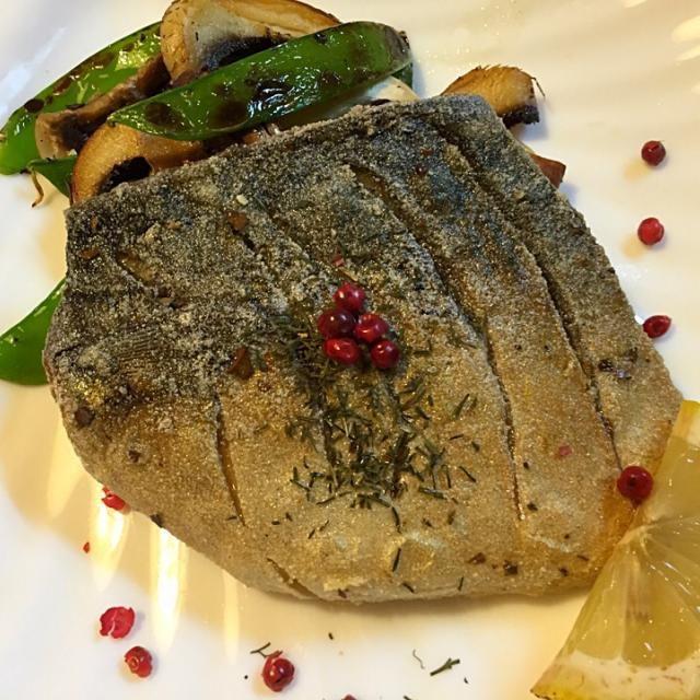 ワインだったので洋風にしてみたが 味は和食 - 76件のもぐもぐ - 塩鯖オリーブオイル焼き by sasachanko