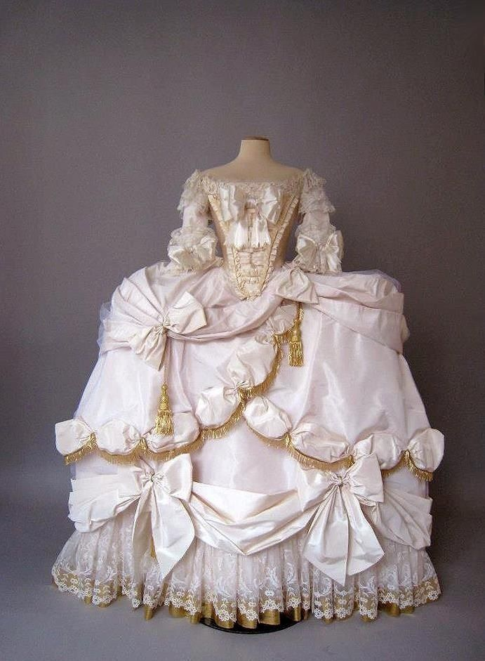 "carmidoll: ""Marie Antoinette Court gown 1778-79"""