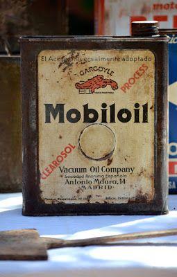 Garagem vintage: Antigua lata aceite Mobil Oil