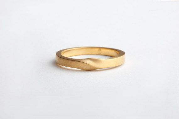 Minimalist Wedding Minimalist Ring Gold 18k Yellow Women Etsy Minimalist Wedding Rings Thin Wedding Bands 18k Gold Wedding Rings