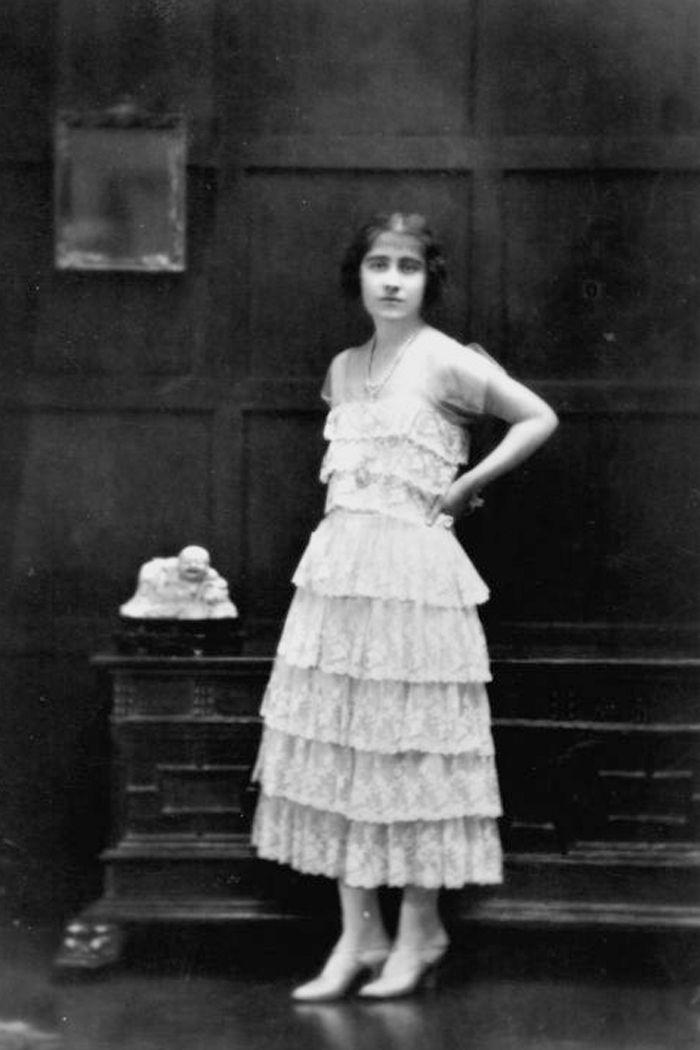 Elizabeth Bowes Lyon 1922 Queen Mother Princess Elizabeth Royal Family