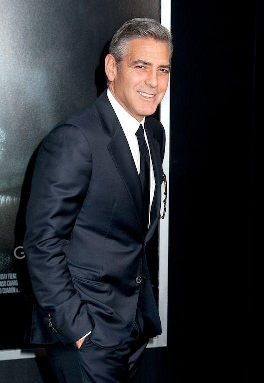 George Clooney:  Ανάμεσα στα φιλανθρωπικά του καθήκοντα συγκαταλέγεται και η προστασία των ανθρωπίνων δικαιωμάτων και η καταπολέμηση των κτηνωδιών στο Darfur.