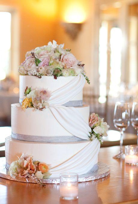 Formal Cake with Roses & Ranunculus - Wedding Cake