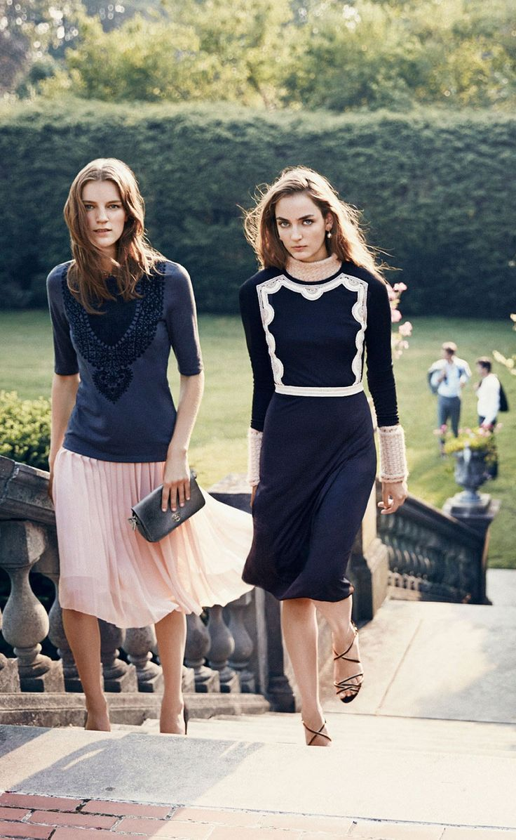 Zuzanna Bijoch Tilda Lindstam And Laura Kampman By Norman Jean Roy Tory Burch Holiday Town Countrycountry Club