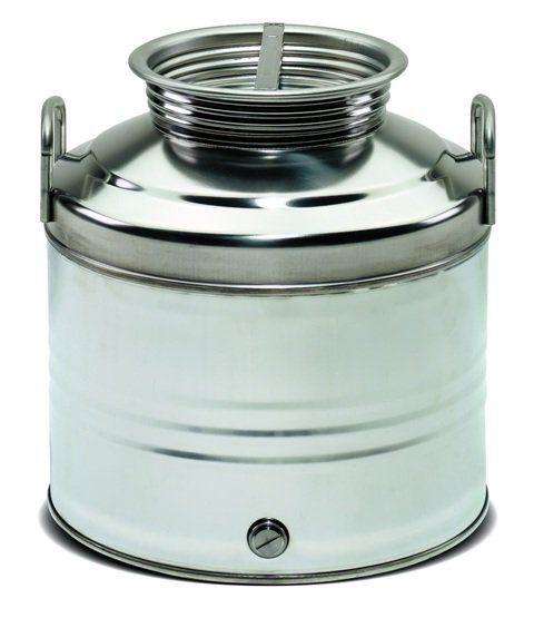 Если Вам необходимо просто сберегать вино, долго и так, чтобы оно не портилось – используйте для хранения емкости из нержавеющей стали.  http://omega-art.com.ua/category/emkosti-iz-nerzhaveyuzhsey-stali/