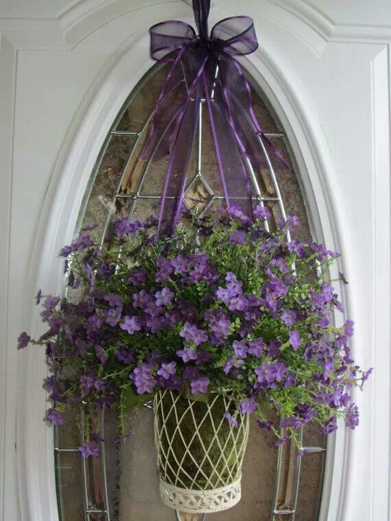 lovely purple door decor so pretty flowers galore. Black Bedroom Furniture Sets. Home Design Ideas