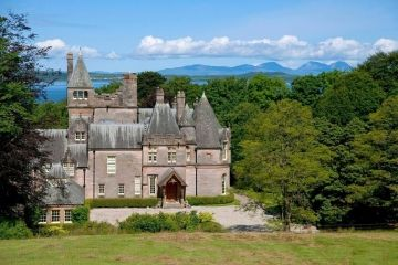 Snap up Scottish property before other investors beat you to it.  www.kingdom-london.com