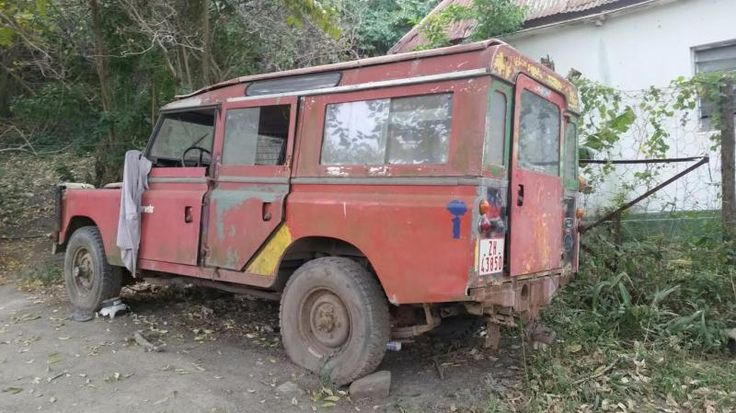 abandoned series iii land rover port st johns transkei. Black Bedroom Furniture Sets. Home Design Ideas