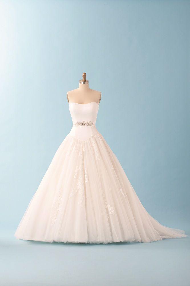 43 best My Dream Wedding:)) images on Pinterest | Curve dresses ...