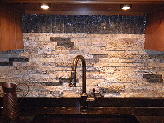 Beautiful split granite backsplash!: Granite Backsplash, Split Stones, Decor Ideas, Recycledgranite Com, Recycle Granite, Granite Recycle, Stacker Stones, Split Granite, Stones Backsplash