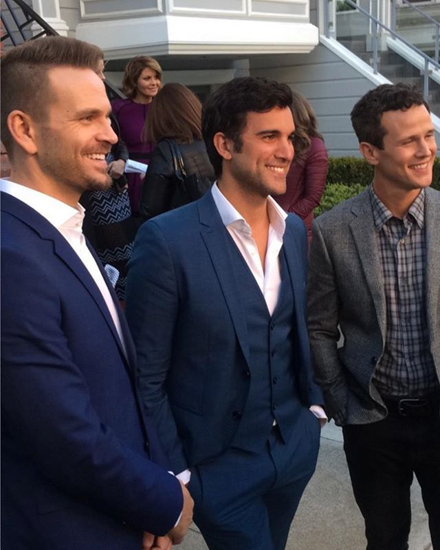 Fuller House - John Brotherton, Juan Pablo Di Pace & Scott Weinger in front of the Full House house.