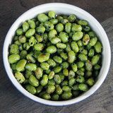 Roasted Edamame Recipe. With black sesame seeds. Holy crap that sounds good!