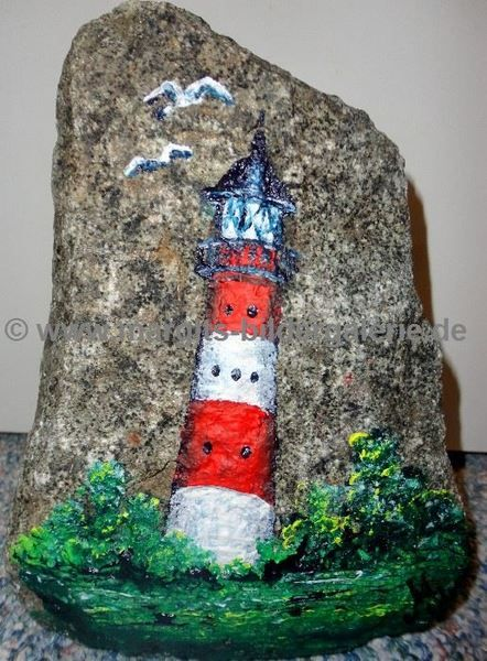 bemalter+Feldstein+Leuchtturm+-+Gartendeko+(14067)+von+Margits+Kreativgeschenke+auf+DaWanda.com