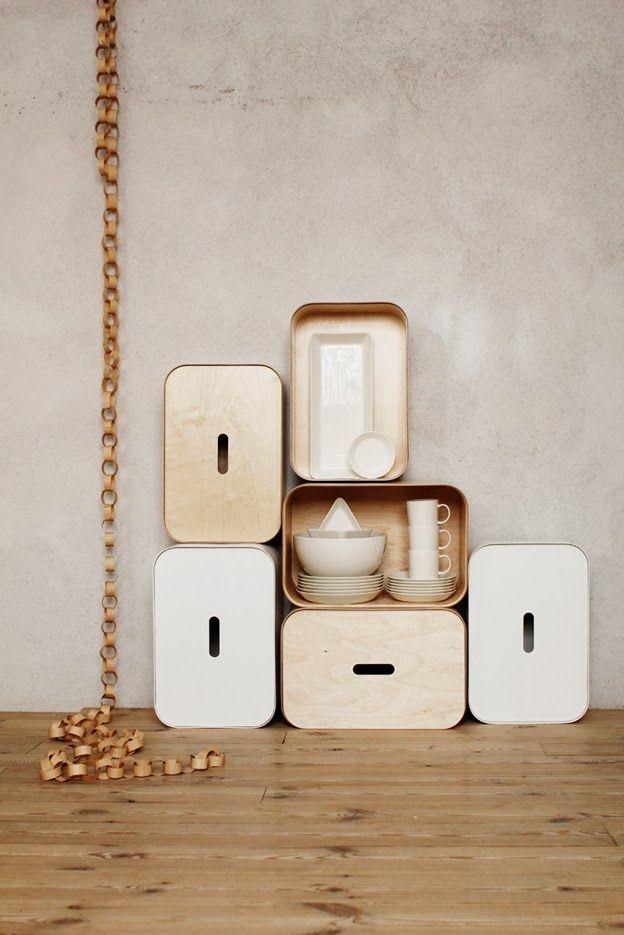 Iittala Christmas Home. Iittala + Varpunen collaboration. Vakka stackable plywood boxes.
