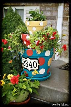 DIY tiered planter / DIY Patio Herb Garden - Tiered Planters - CotCozy