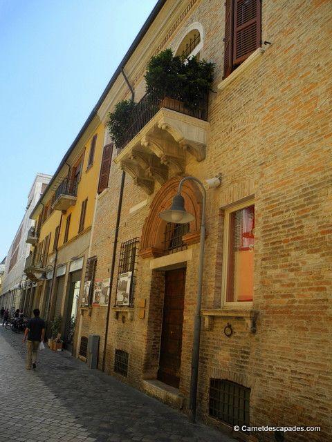 "Ravenne, Rue - ""Ravenne, capitale de la Mosaïque"" by @carnetdescapade"