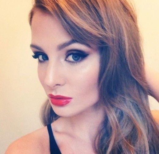 How to do Millie Manderson's (nee Mackintosh) Bombshell make-up: video