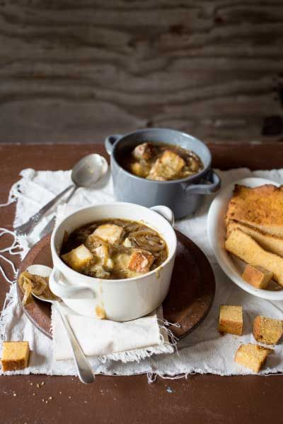 French Onion Soup with Cheesy Croutons | Crush 52