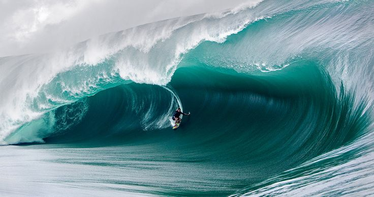 First Women's Big Wave Surf Contest? Oh, Yes.