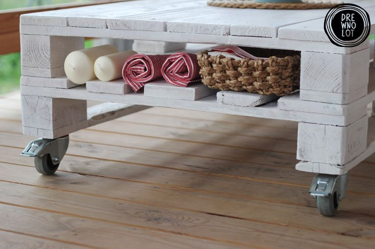 "Furniture from pallets Table ""Leniwiec"""