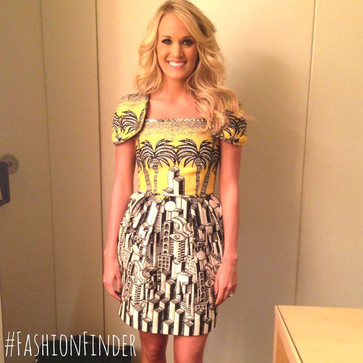 The lovely Carrie Underwood looking gorgeous in a beautiful JC de Castelbajac dress.