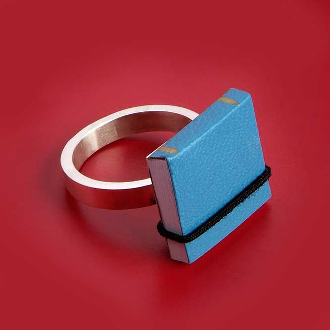 book ring 1