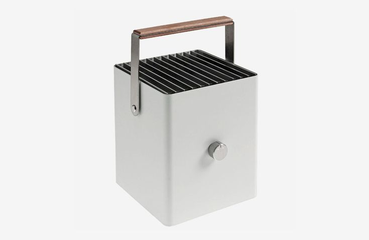 kompakte grills f r unterwegs. Black Bedroom Furniture Sets. Home Design Ideas